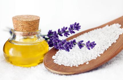 Wellness Peeling | Salz Lavendel l | Entspannen im Badezimmer